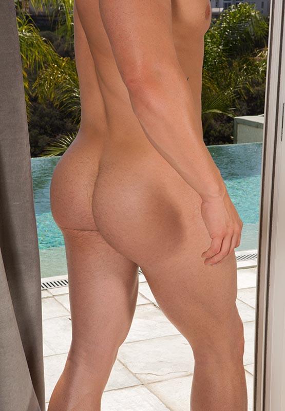 big nude beach butts